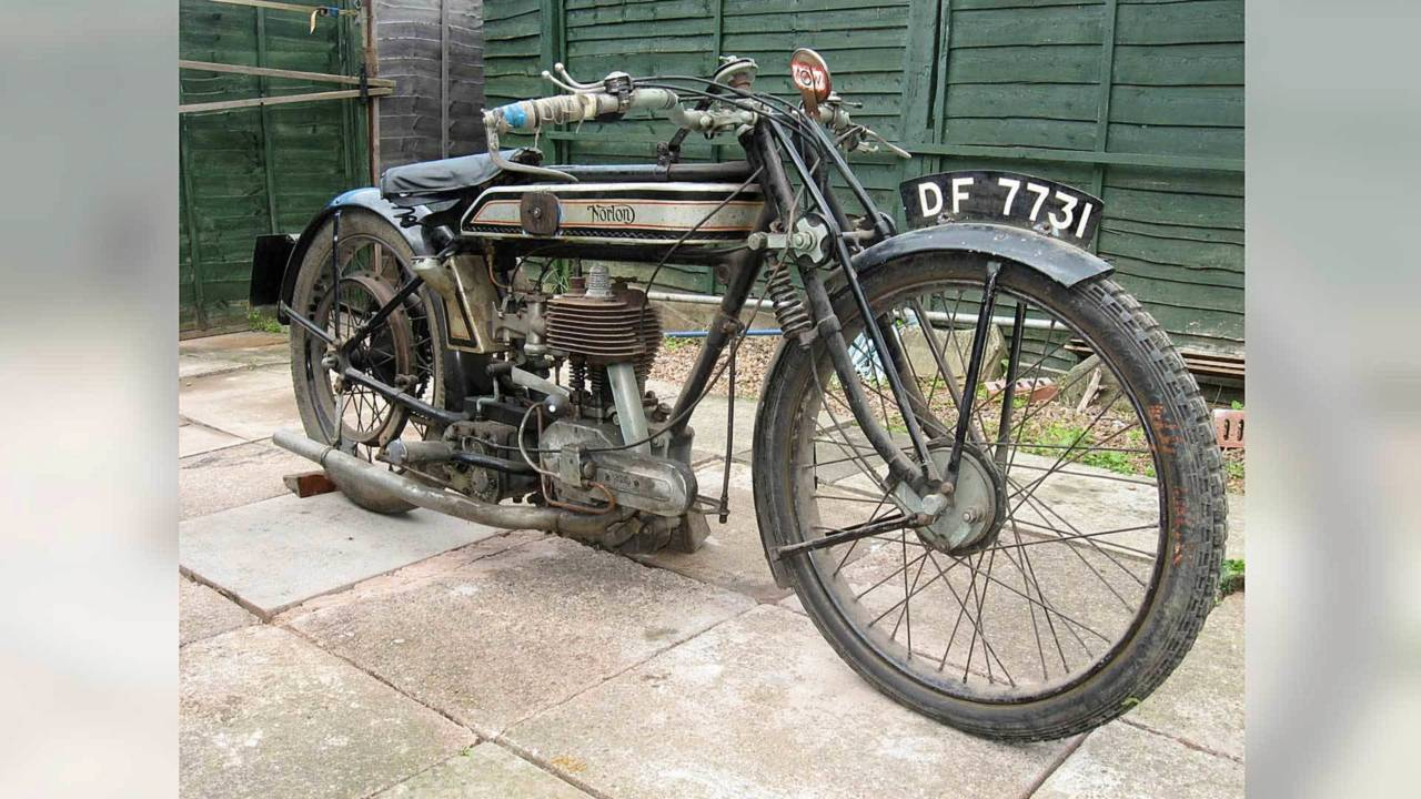1924 Norton 16H with Girder front end. The whole unit moves on two pairs of pivot arms.