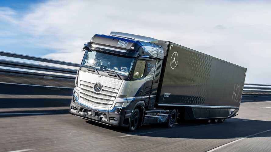 Mercedes GenH2 Truck soll mit Flüssig-Wasserstoff fahren