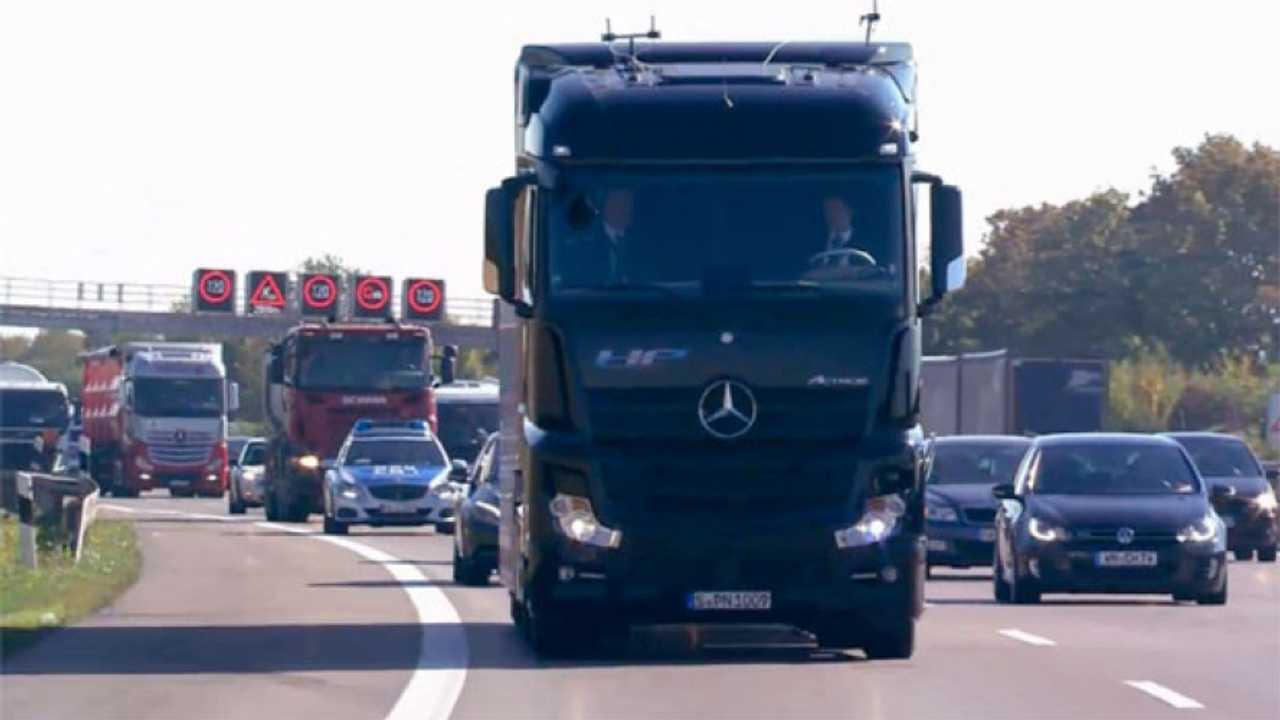 Mercedes Future Truck in azione