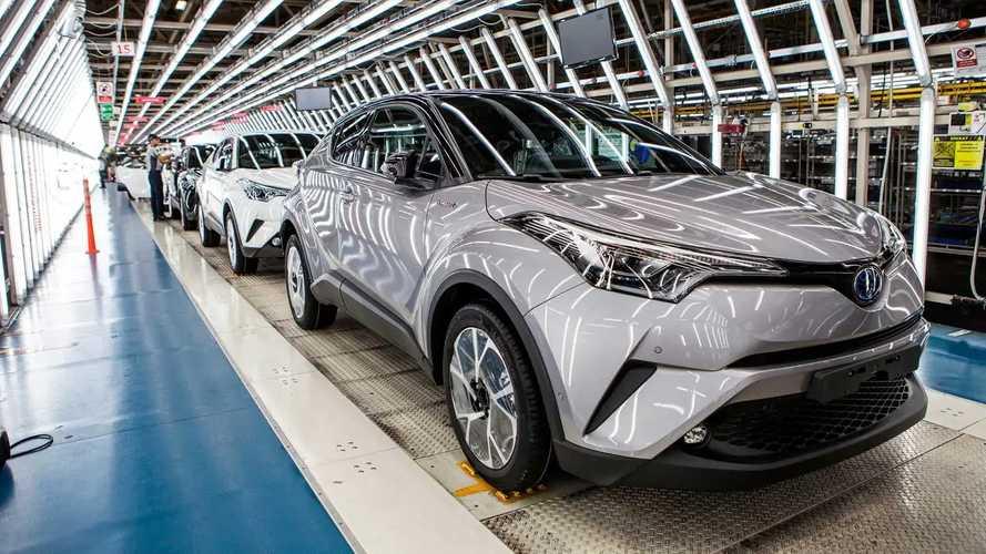 Toyota annuncia tagli alla produzione a causa della pandemia