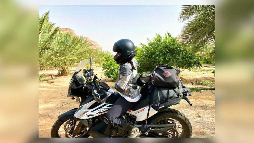 Biker Arab Saudi Boleh Berkendara tapi Tak Dikasih SIM, Sama Saja
