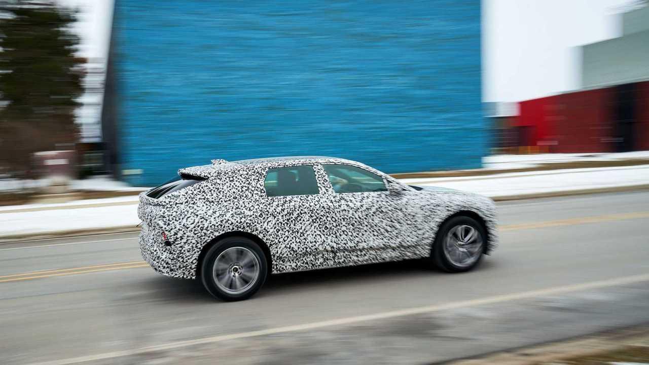 2022 Cadillac Lyriq Prototipi