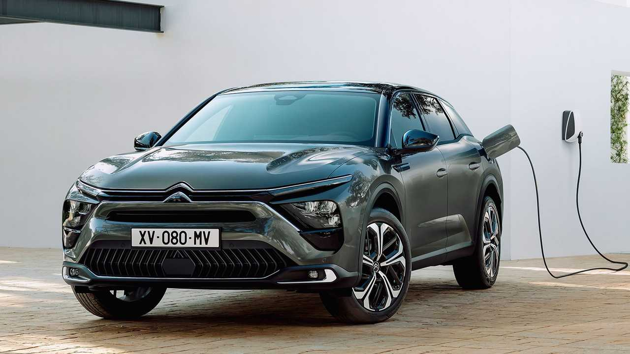 Citroen C5 X offered only with gas and hybrid engines