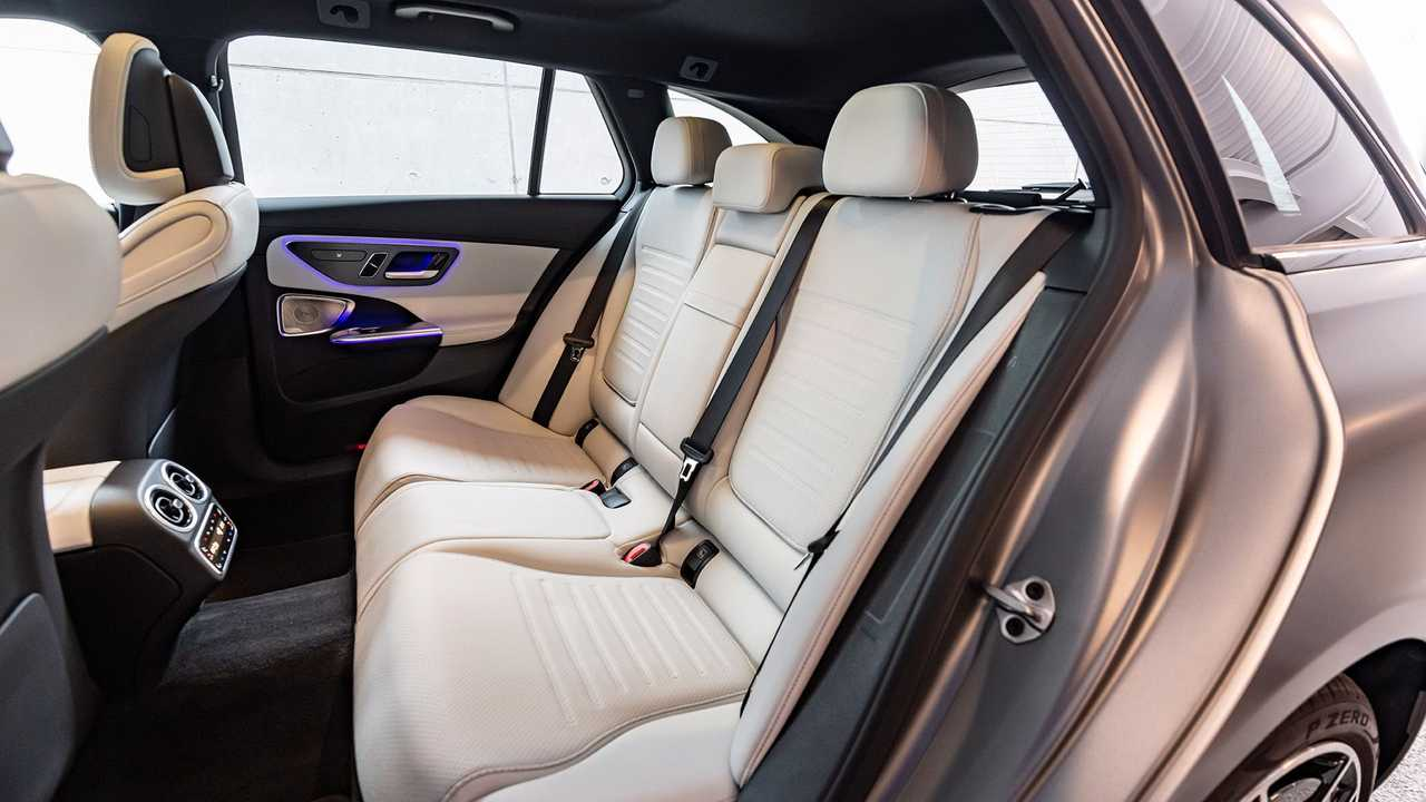 Mercedes C-Klasse C300d T-Modell (2021) im Test