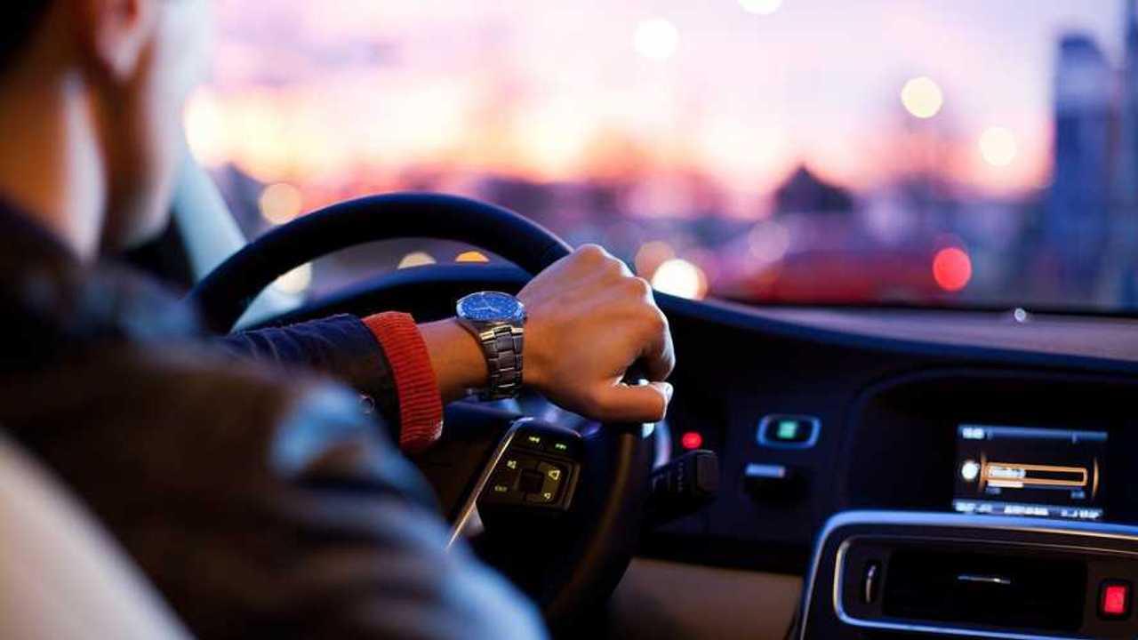 El café y el rap mejoran las reacciones al volante