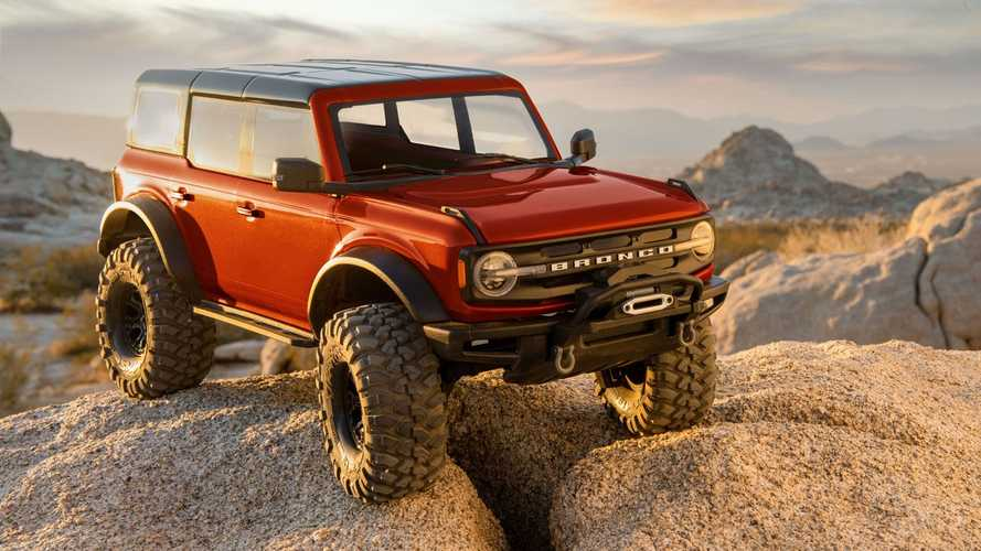 Traxxas Unveils Insanely Real-Looking Ford Bronco Rock Crawler