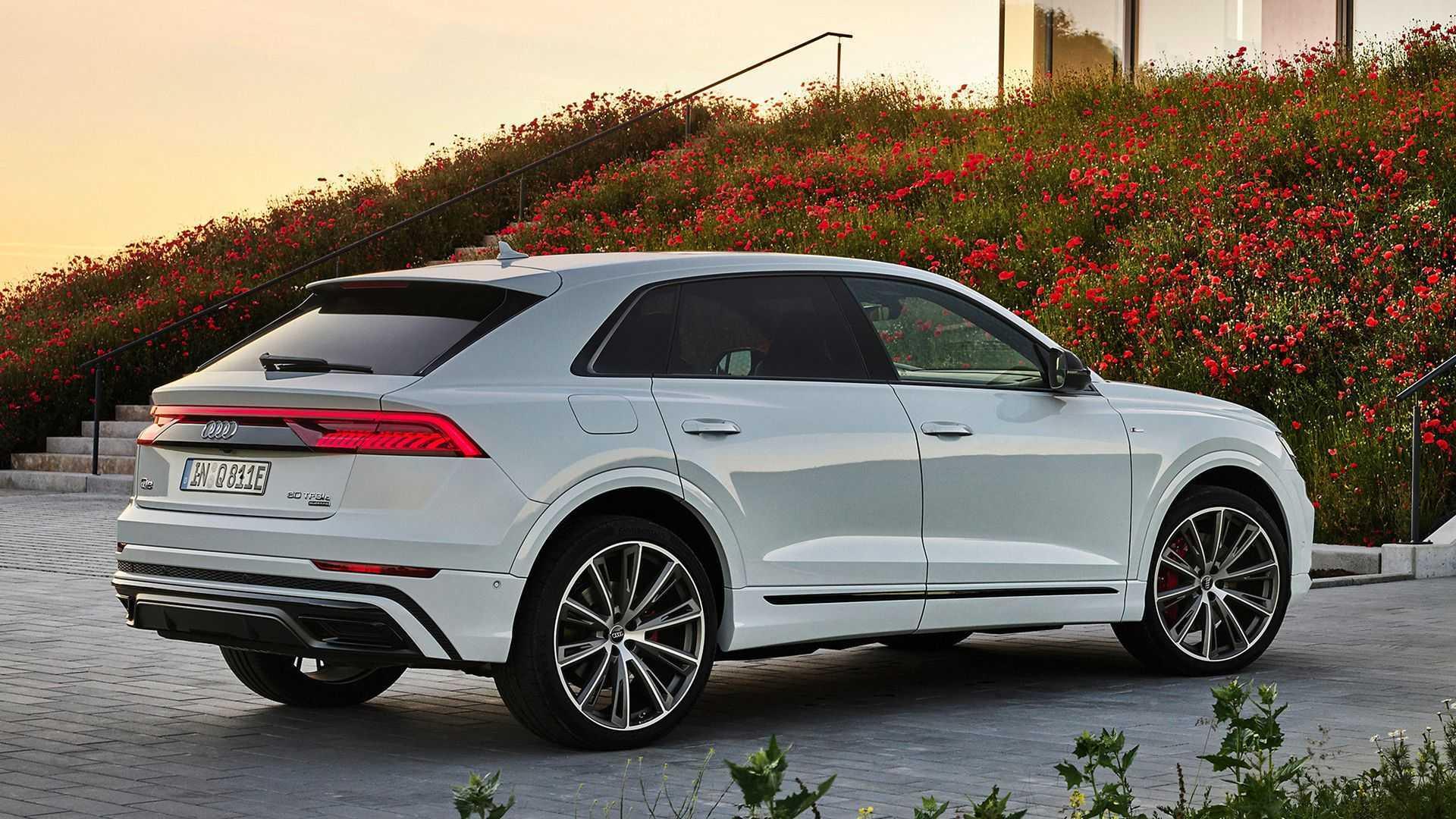 Audi Q8 TFSIe quattro: SUV híbrido plug-in de até 462 cv ...