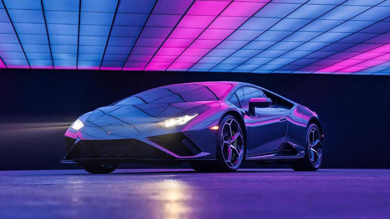 Lamborghini Huracan Evo RWD из клипа Lady Gaga «911»