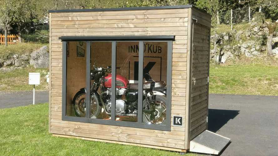 Cool Inno'Kub Portable Bike Garage Is Like A Tiny Showroom