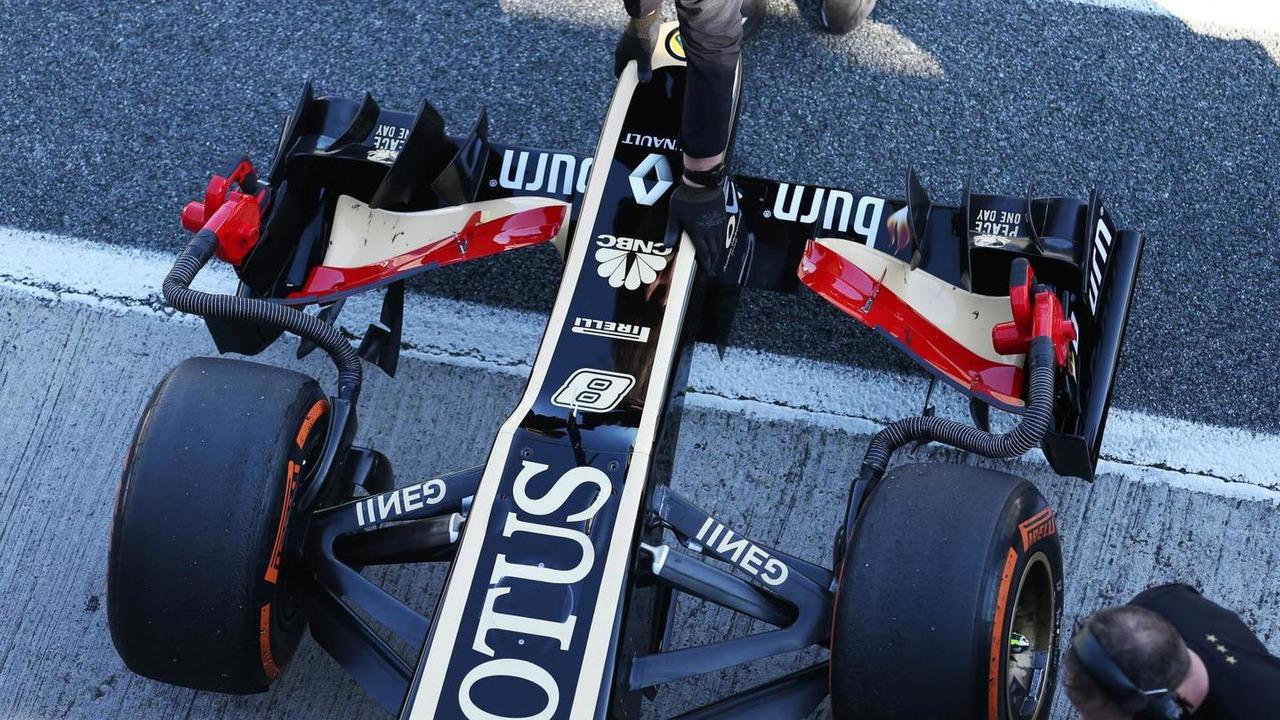 Lotus F1 E21 nosecone 05.02.2013 Formula One Testing Jerez Spain