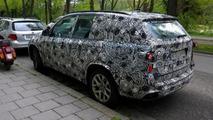 Possible BMW X7 spy photo