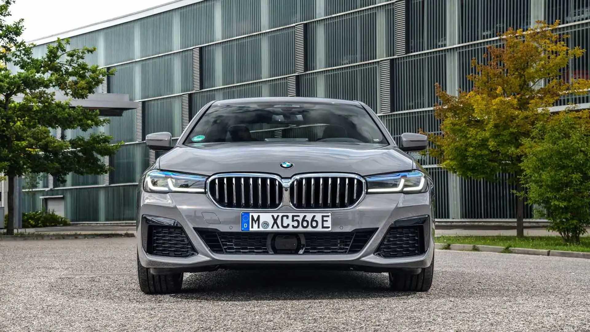 2020 BMW 545e xDrive