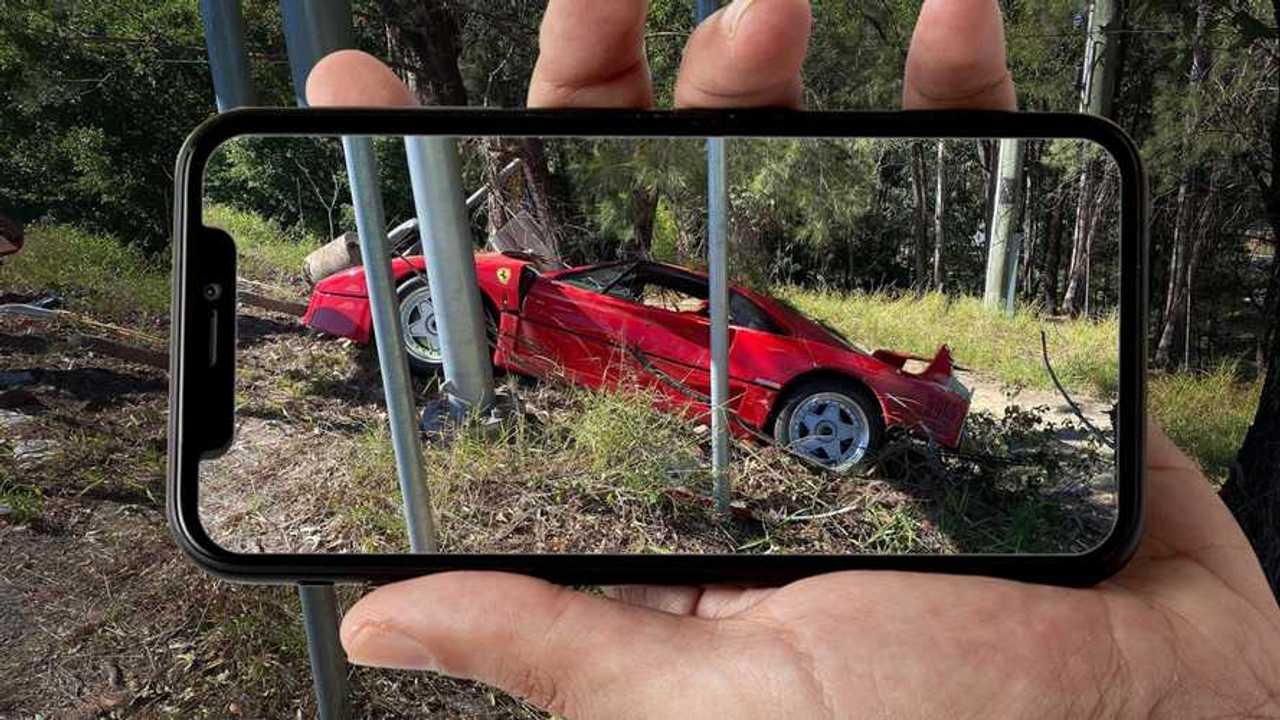 Wrecked Ferrari F40