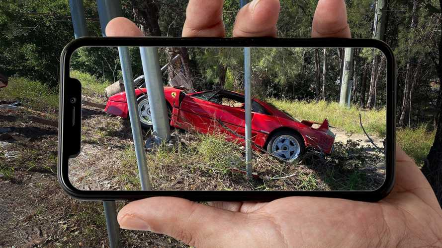 Ferrari F40 crashed in Australia, but it looks salvageable