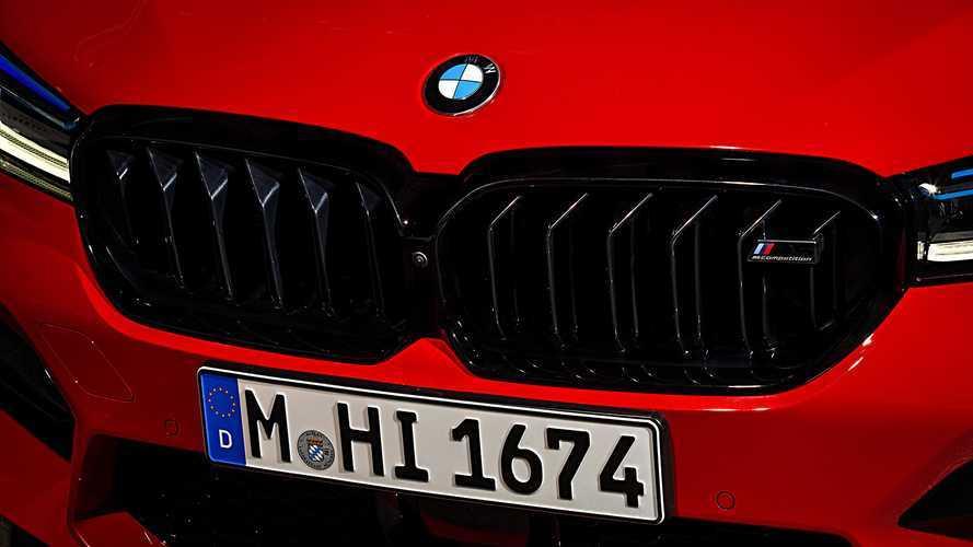 Több, mint tízezer dolgozótól válhat meg a BMW a koronavírus-járvány miatt
