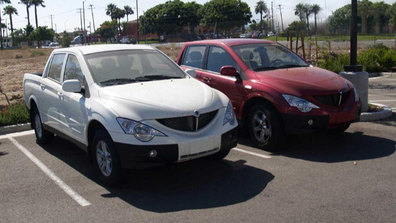 Two Phoenix Motorcars EVs (source: Wikipedia)