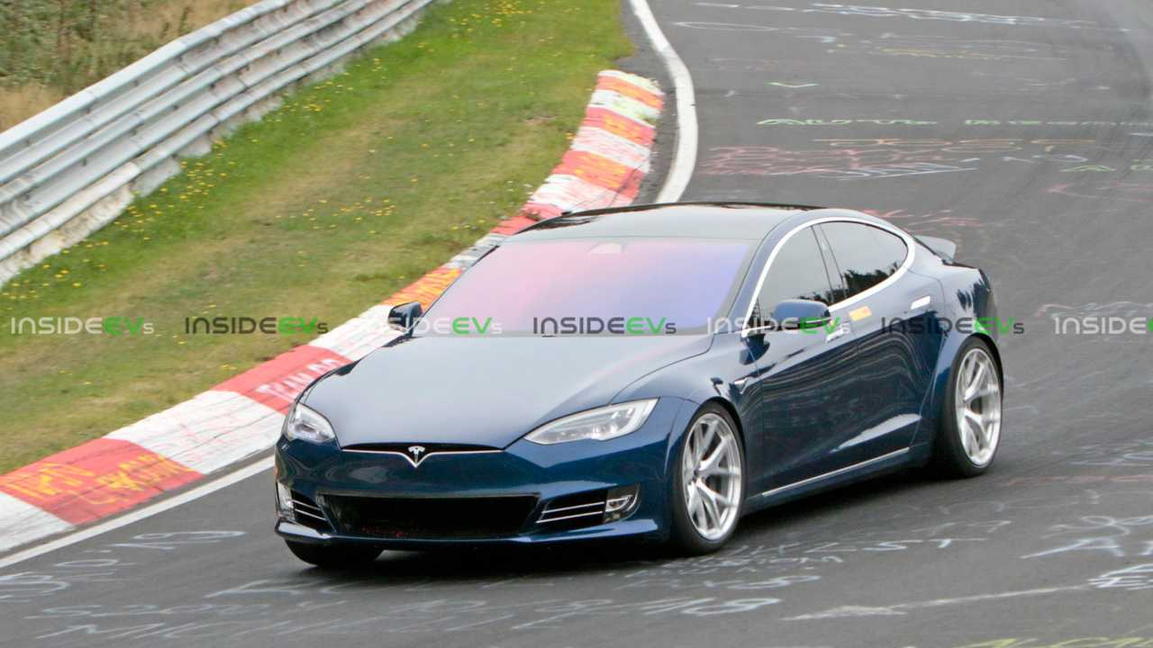 Tesla Model S P100D+ Nurburgring