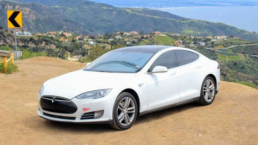 How Does A Tesla Hold Up Over Nearly Half A Million Miles?