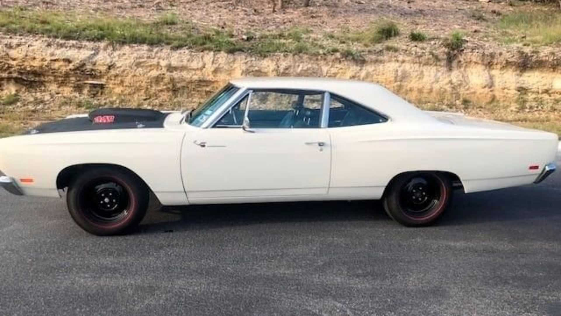 "[""1969 Plymouth Road Runner Selling At No Reserve""]"