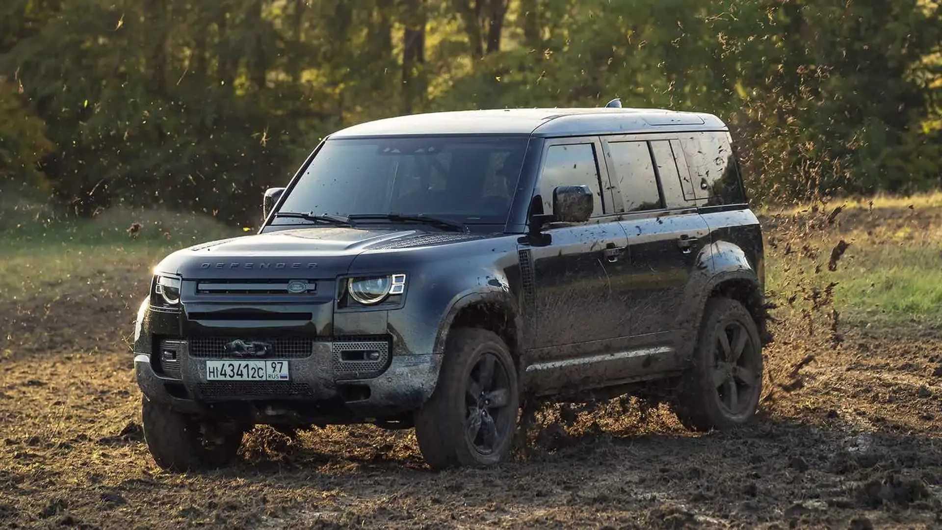 Land Rover Defender wird der Star im neuen 007-Film