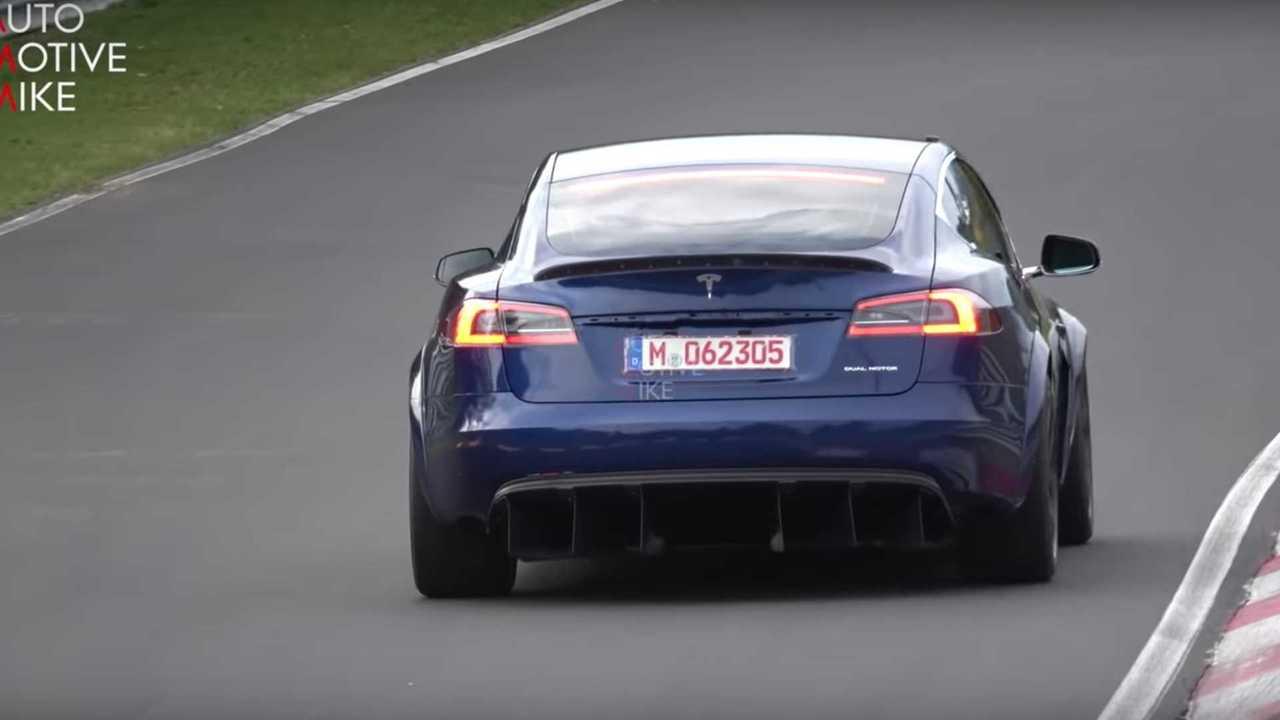 Tesla Model  S -Nurburgring