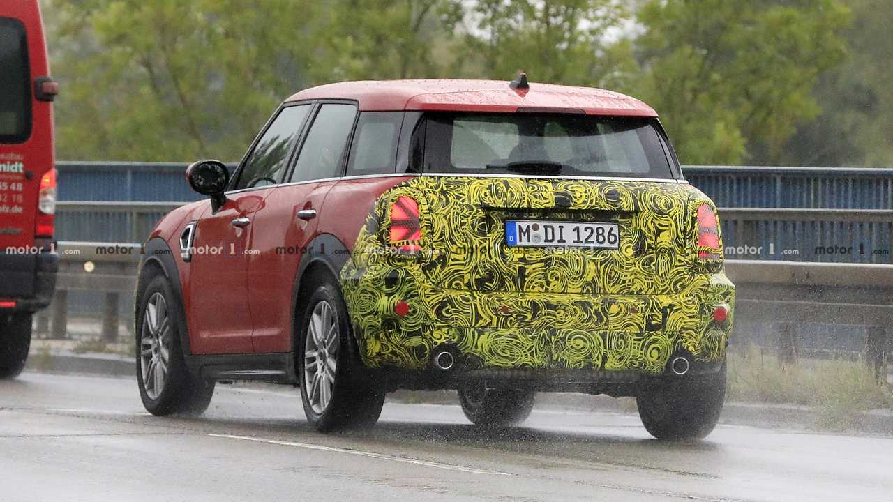 2020 Spy Shots Mini Countryman Concept