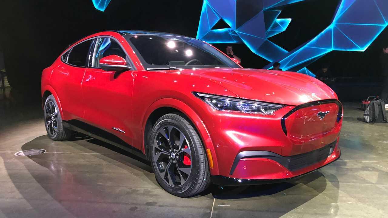 Mustang Mach E 2020 - Foto ao vivo
