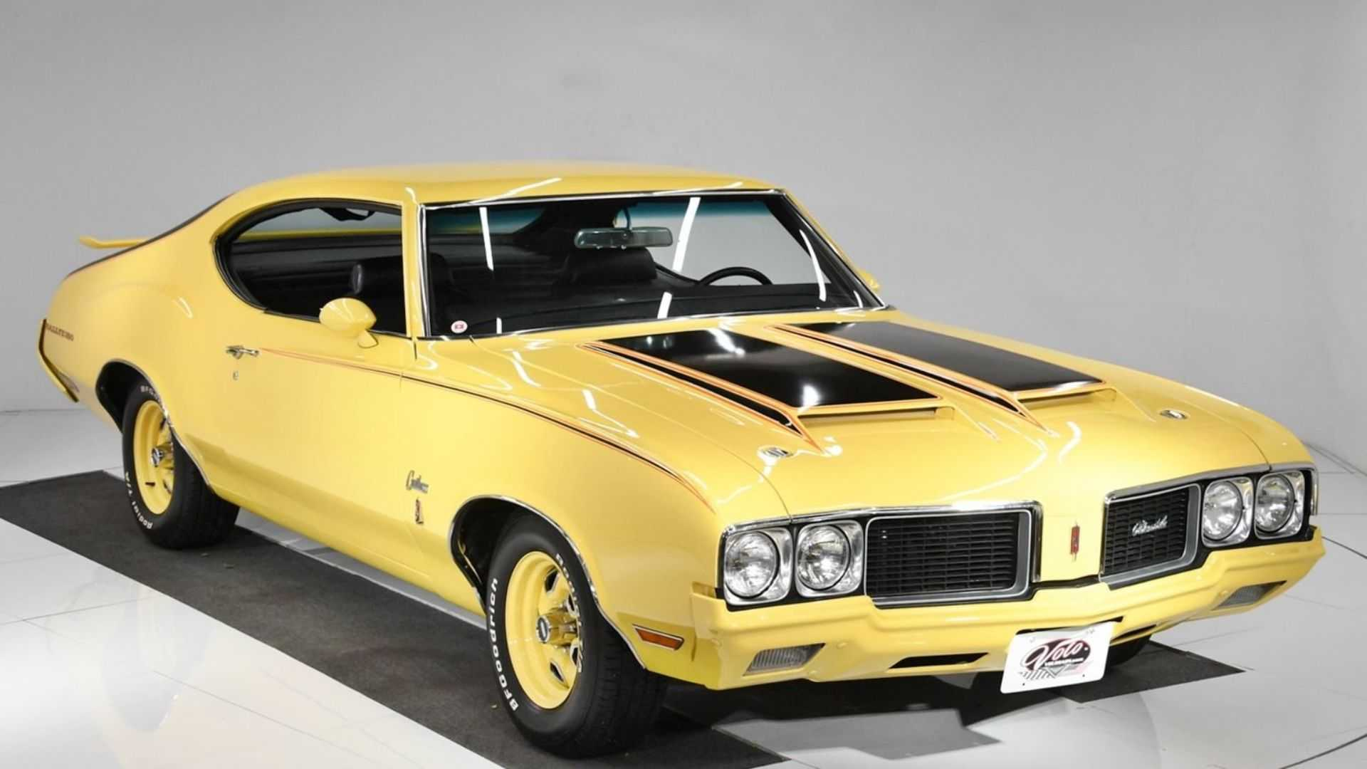 "[""Grab A Sebring Yellow 1970 Oldsmobile Cutlass Rallye 350""]"