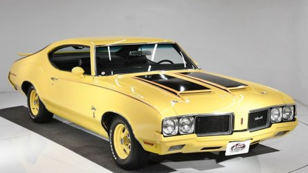 Grab a sebring yellow 1970 oldsmobile cutlass rallye 350
