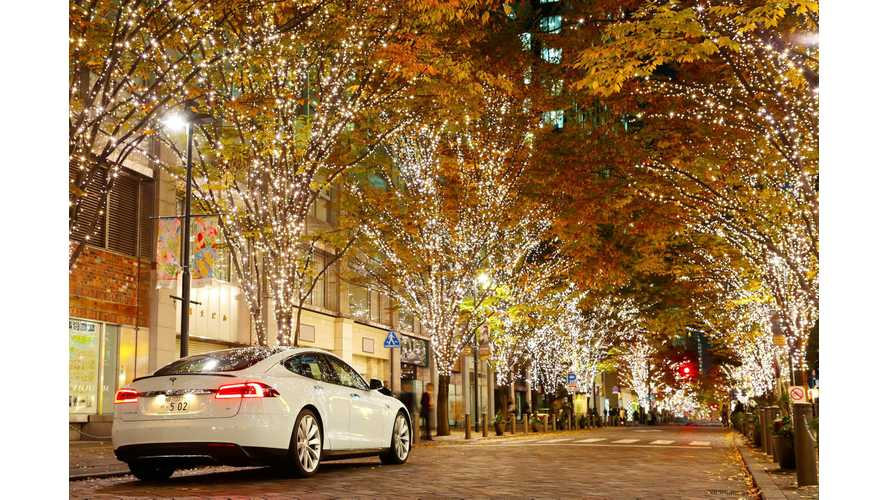 Wallpaper Wednesday: Tesla Model S Enjoys Autumn In Japan