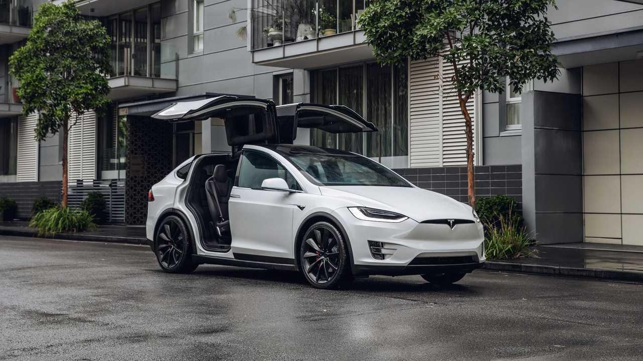4) Tesla Model X