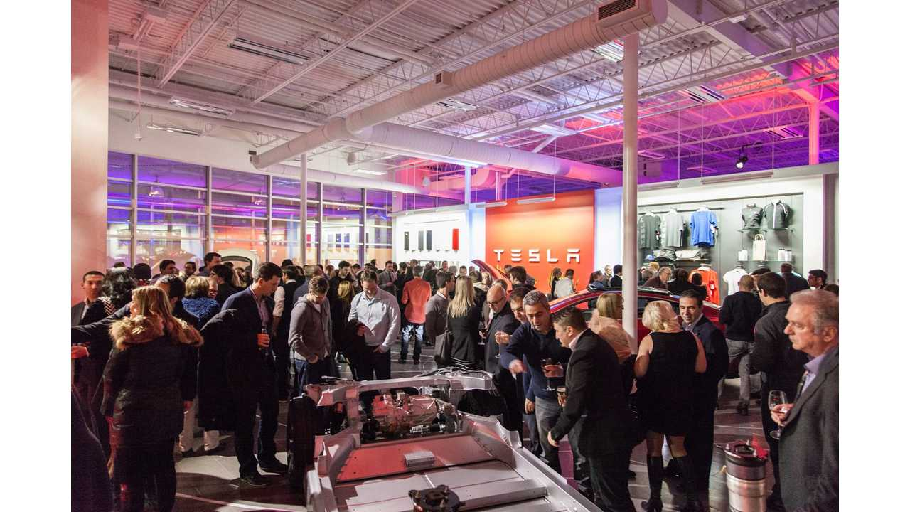 Tesla Opens Largest North American Store/Service Center In Montreal - Shows Off Model S P85D