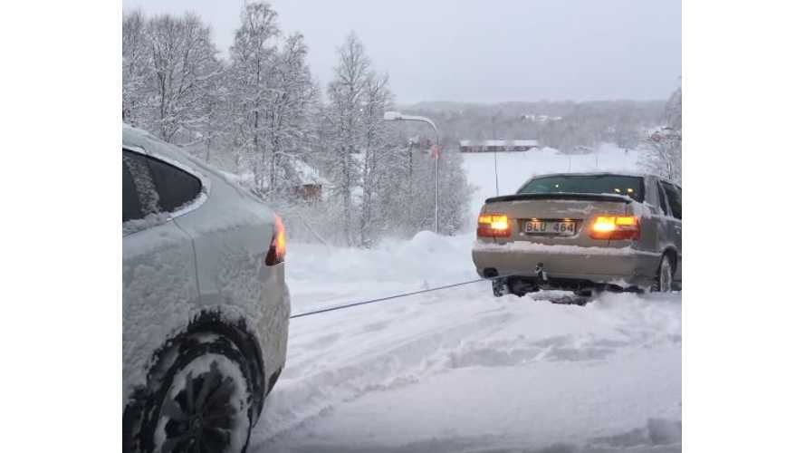 Tesla Model X Drags A Volvo Out Of A Snowy Ditch - Video