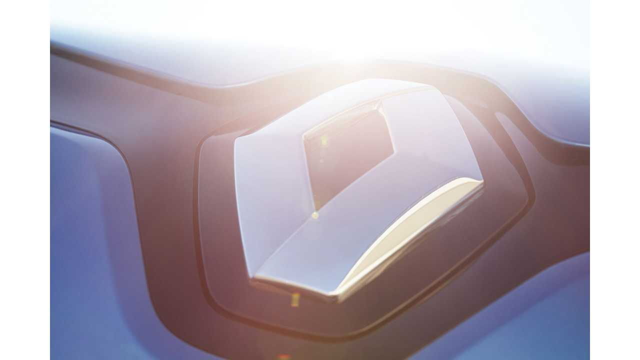 Ghosn Confirms Plug-In Hybrid Clio, Megane, Captur For Europe