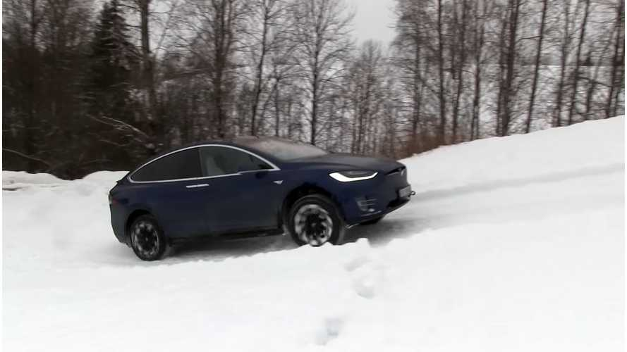 Watch Tesla Model X vs Hummer H2 On Steep Hill, Plus Tug Of War