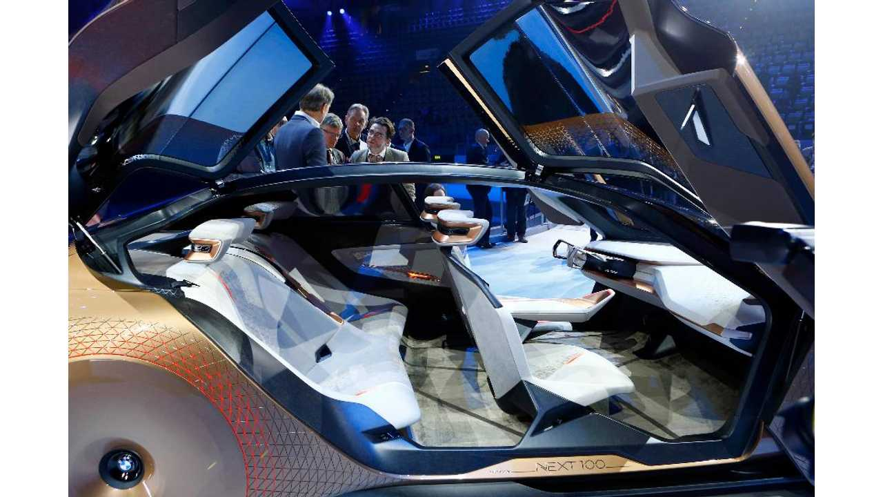 BMW iNext Concept Interior