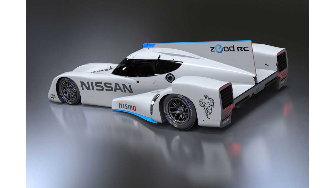 Top Gear Drives Nissan ZEOD RC On The Track - Videos