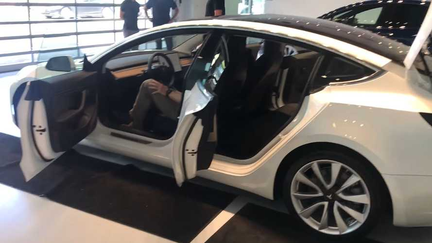 Watch First Tesla Model 3 Delivery In Texas (UPDATE 3 WITH VIDEO)