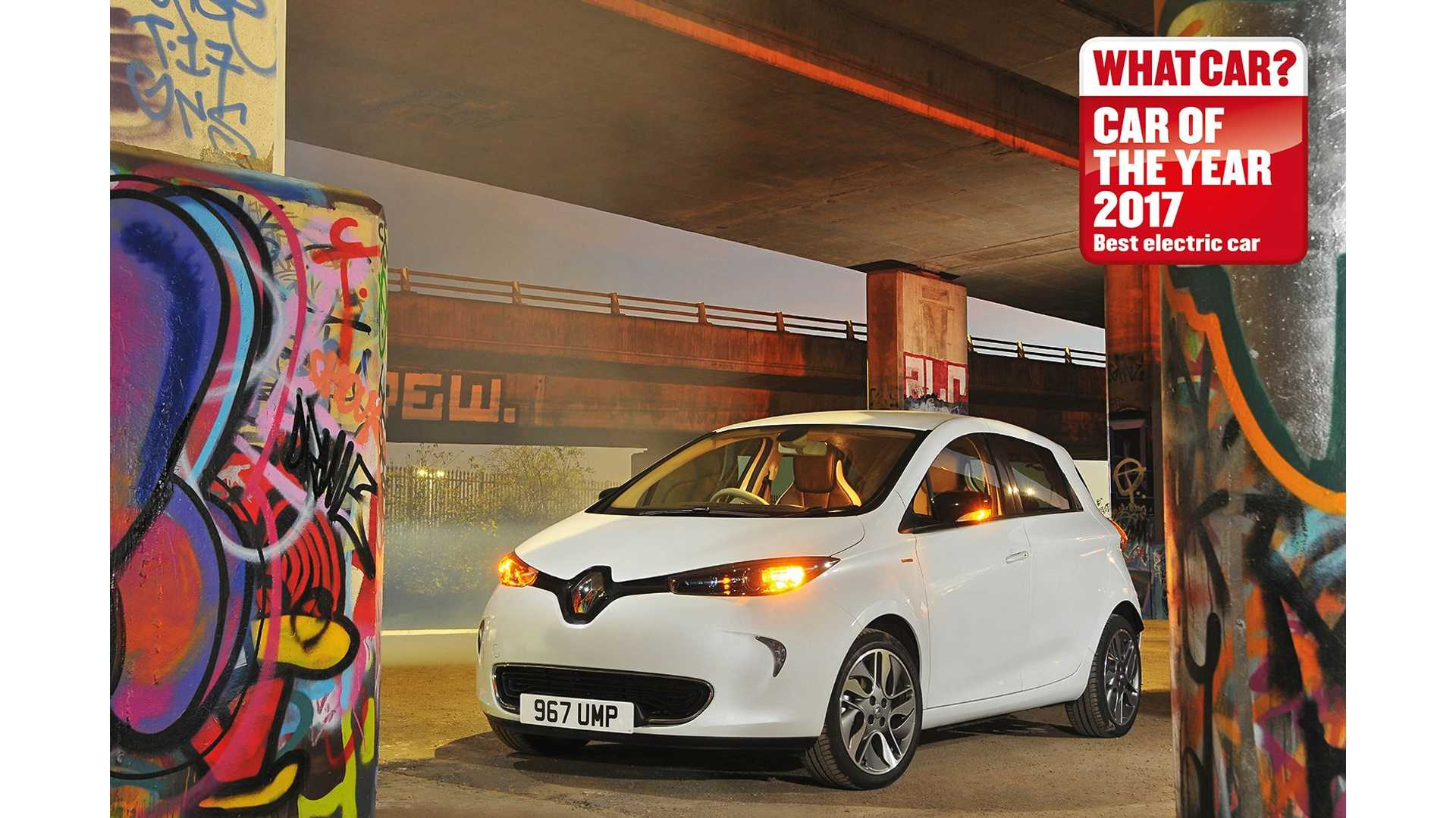 Renault Zoe Wins 2017 What Car Best Ev Award For Fourth Consecutive Year