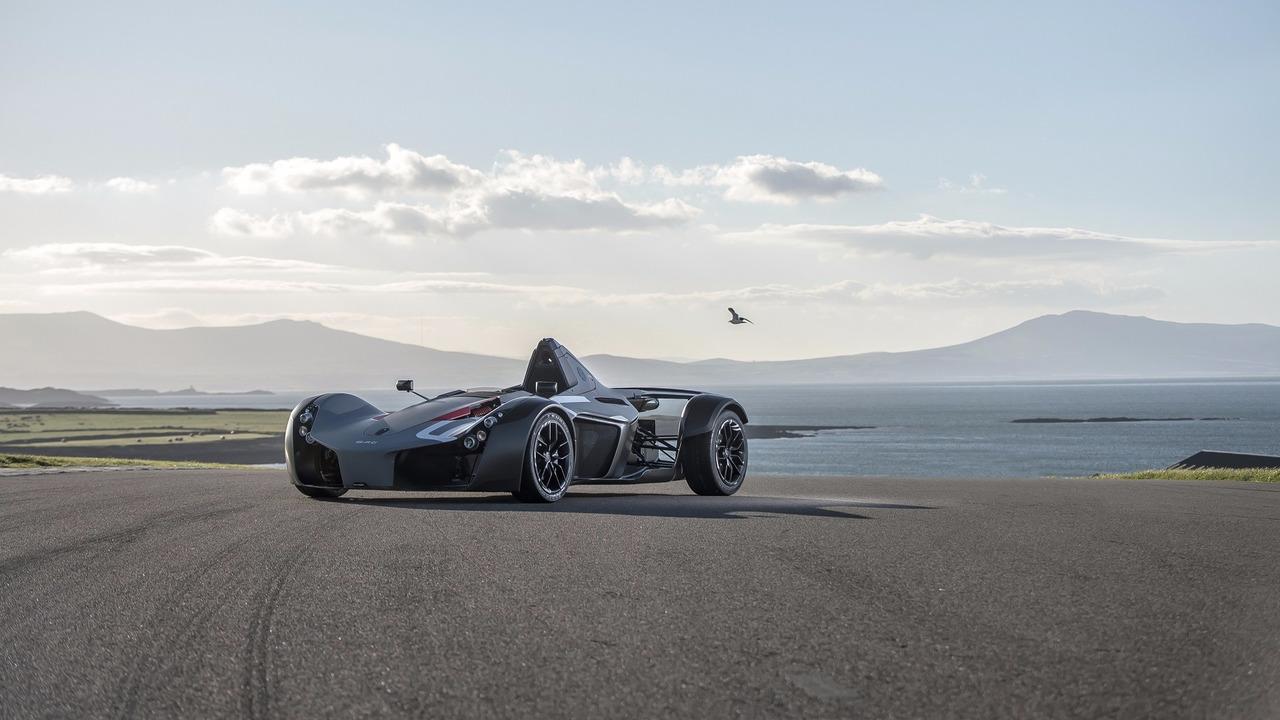 BAC Mono Anglesey Circuit turu