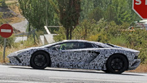 Lamborghini Aventador Roadster facelift spy photo