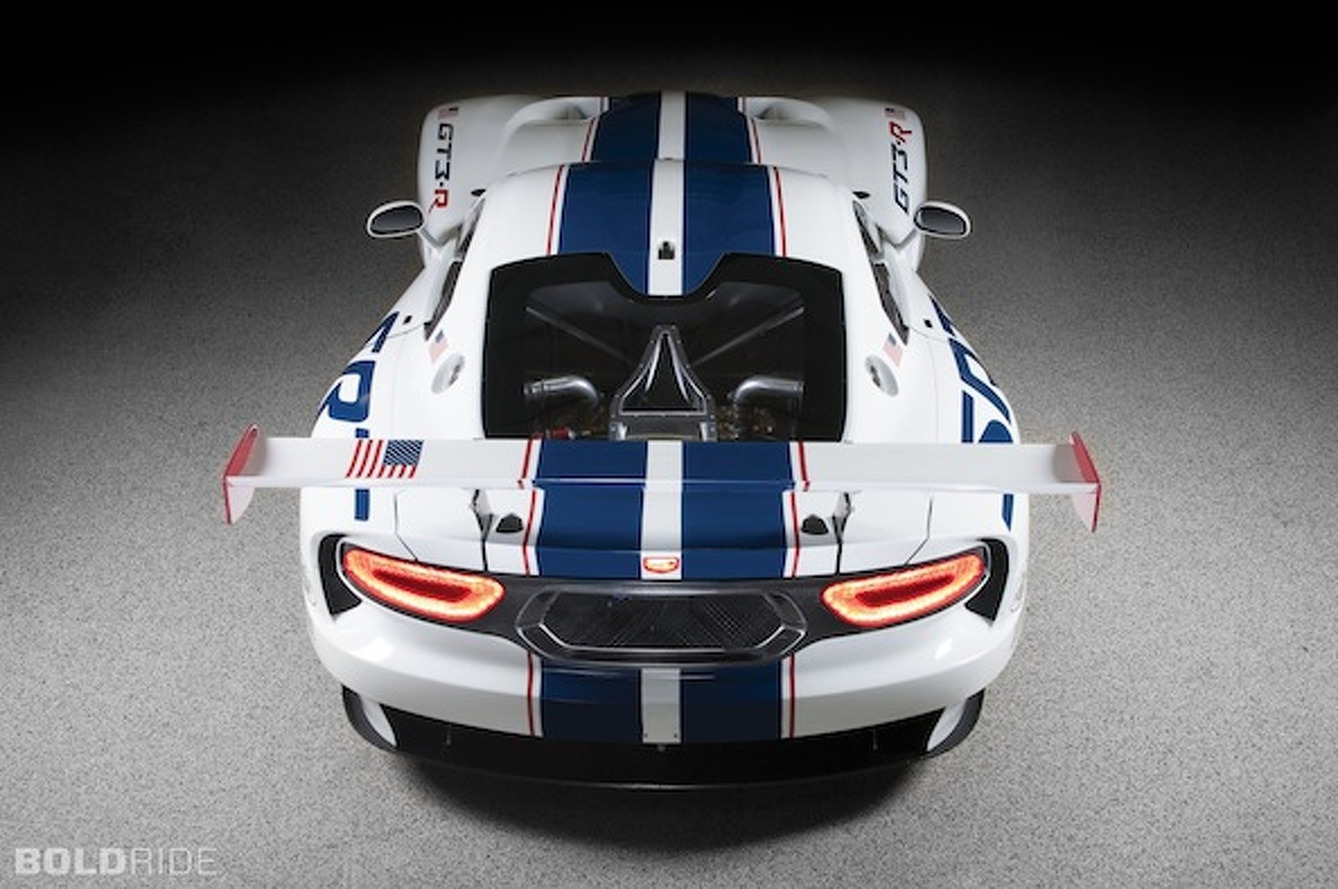 SRT Viper GT3-R is 680HP Worth of Badass American Racecar