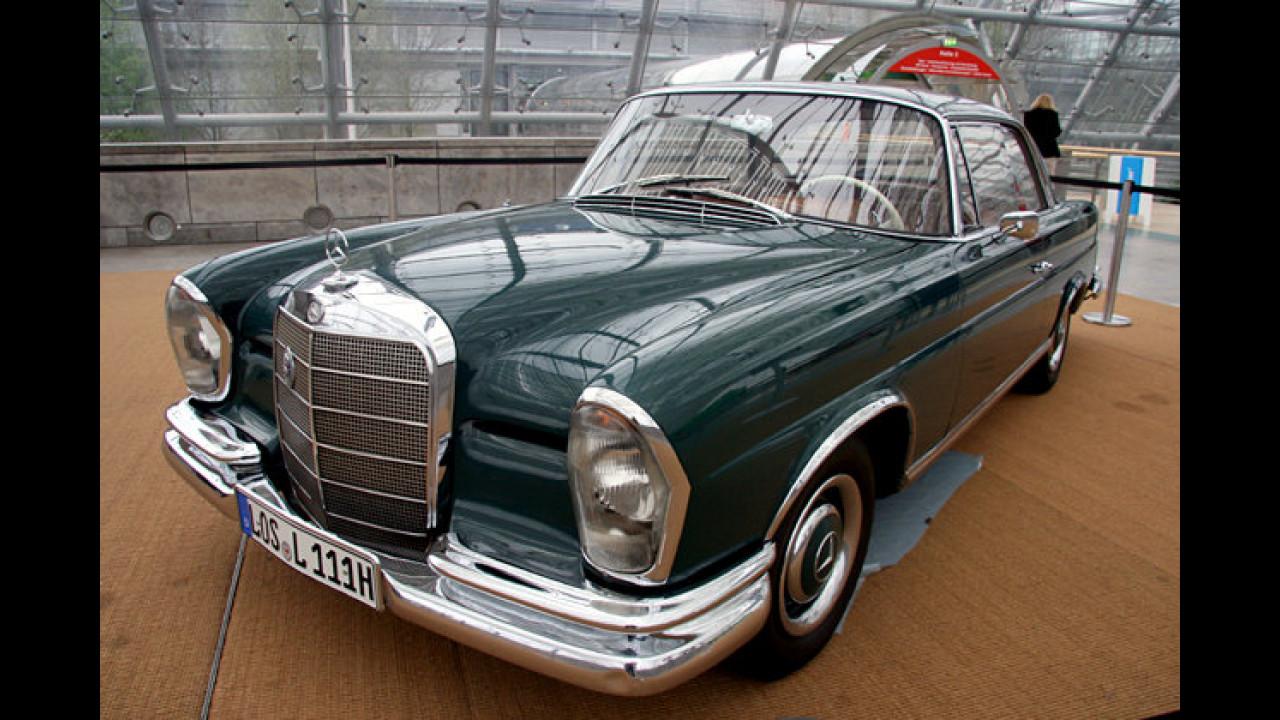 Mercedes 250 SE (1965) von Wolfgang Lippert