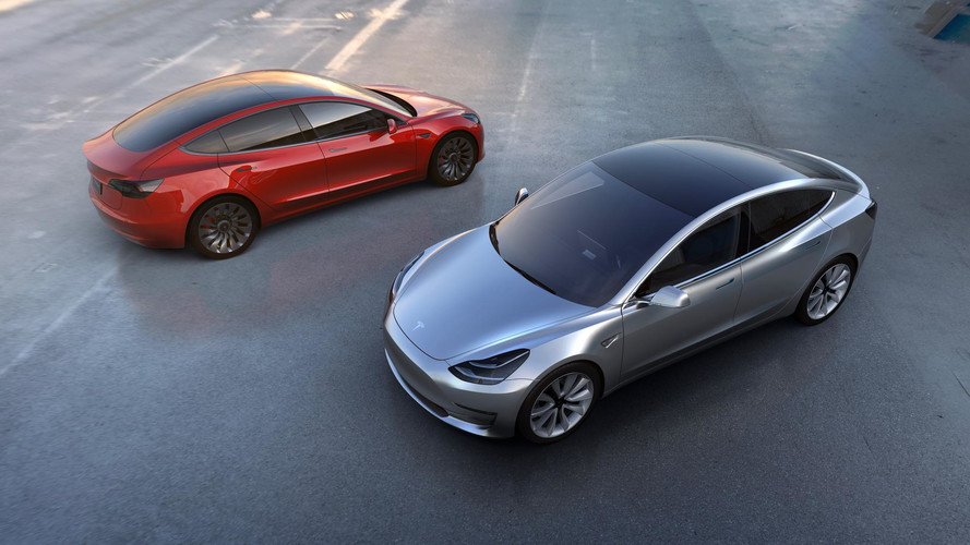 Tesla Scores Record Sales In 2017, Model 3 Numbers Disappoint