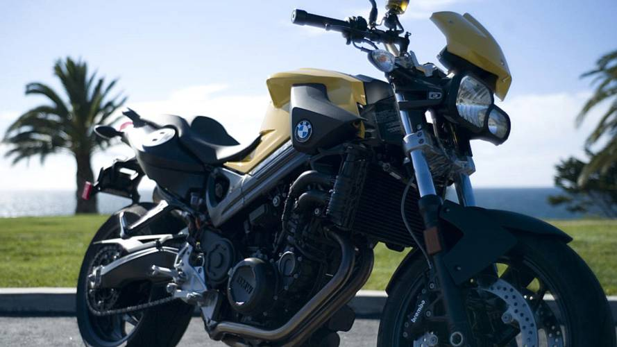 RideApart Review: BMW F800R
