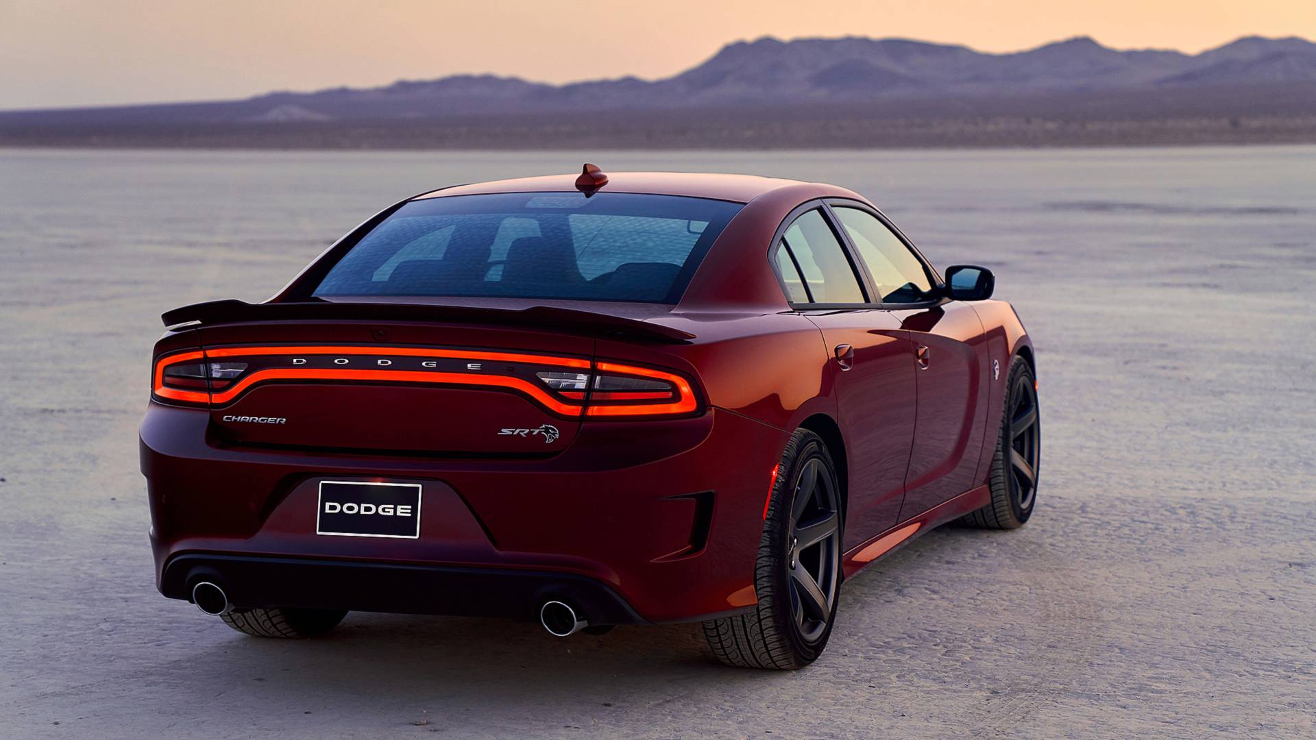 Dodge Charger Srt >> 2019 Dodge Charger Srt Hellcat Gets Some Goodies From The Demon