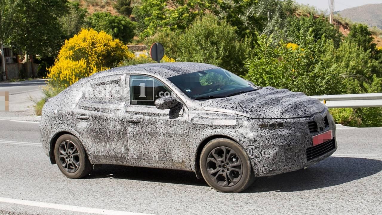 Renault Captur Coupe Casus Fotoğrafları