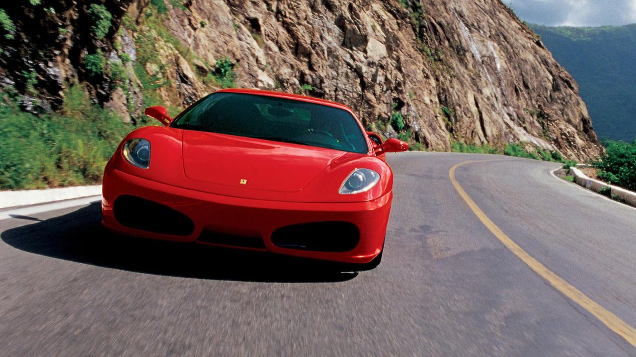 18. Ferrari F430 (2004-2009): 17.499 unidades