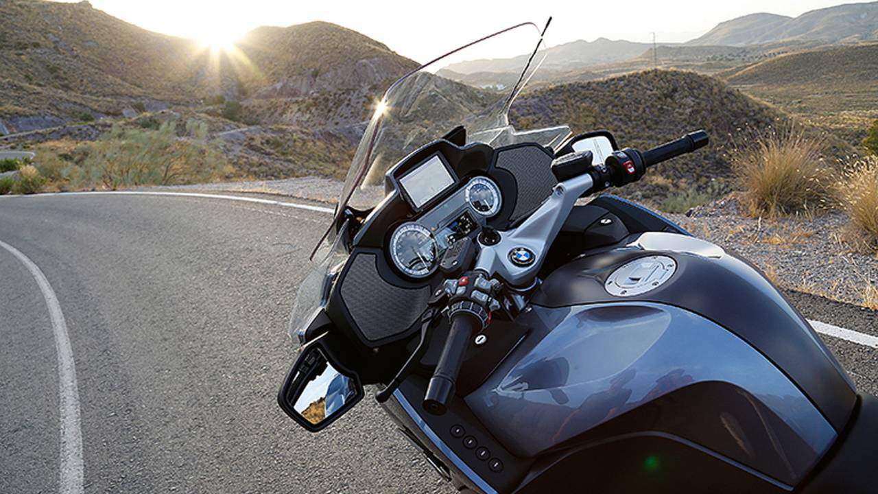 Bmw S Big Boy Touring Bike Bmw R 1200 Rt Review