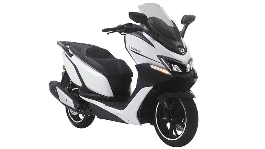 Scooter Daelim XQ 125